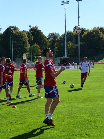 FC Bayern Zentrum : Alonso