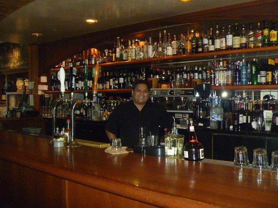 Jose Bartender: At Tiburon