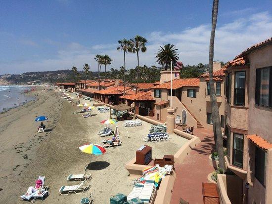 La Jolla Beach & Tennis Club: Beachfront View