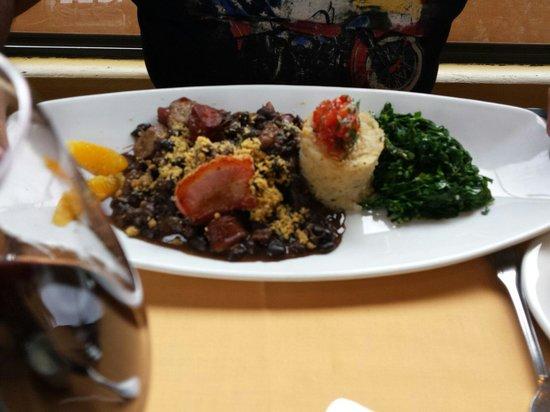 LaSalette Restaurant: feijoada....delicia.....parecida com a do BRASIL!!!��������������