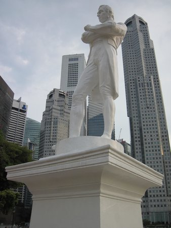 Raffles Landing Site : Statue of Raffles against the modern commercial backdrop.