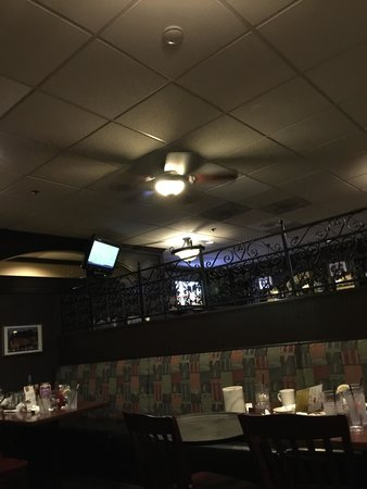 Mansfield, CT: Inside dinning area