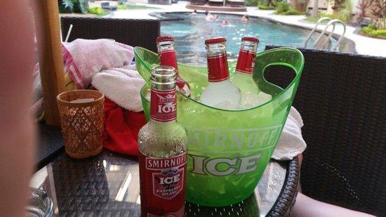 Kuta Townhouse Apartments : 5 smirnoff in bucket ice $15 gotta luv that