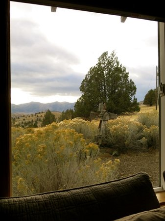 Inn at Juniper Ridge: View over king bed.
