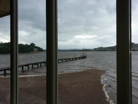 Coombe Cellars: The view