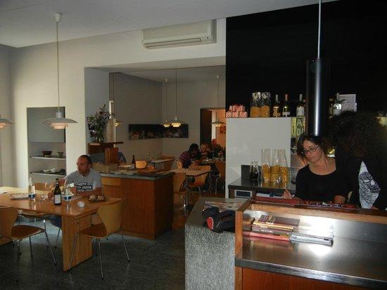 Osteria La Libera: Clean and efficiently run