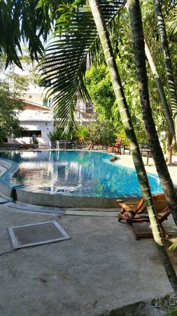 Vientiane Garden Hotel: Pool view