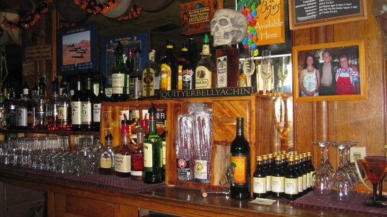 Snorrin Horse Bar & Grill