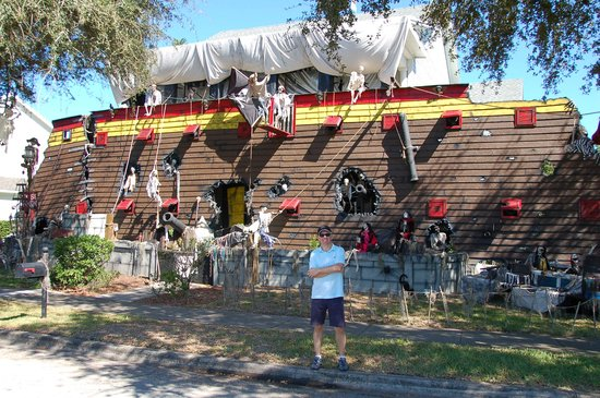 Amazing Pirate Halloween House Decoration Picture Of