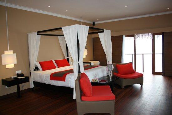Adaaran Prestige Ocean Villas: Ocean Villa bedroom