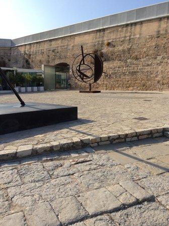 Museum Es Baluard : Acervo área externa