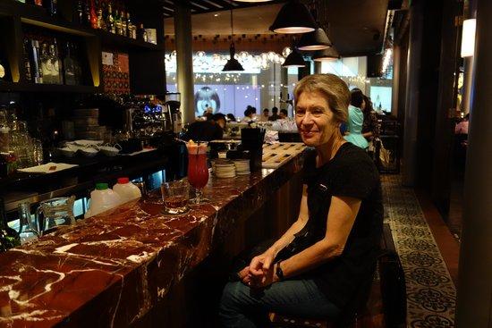 Salt tapas & bar: Singapore Sling at Salt