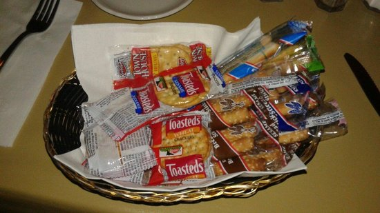 WIEDERHOLT'S SUPPER CLUB: Crackers come with the meal