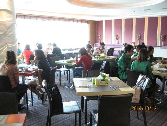 Hip Bangkok: Restaurant for breakfast