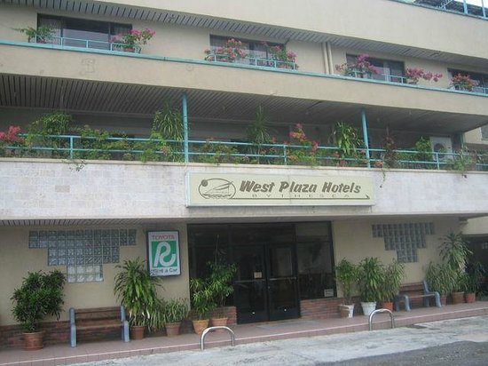 West Plaza by the Sea : by the sea