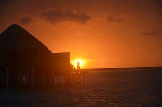 Halaveli Island : Sunrise view from Water Villa