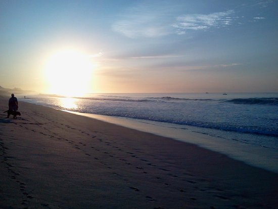 Marisol Boutique Hotel: рассвет на пляже