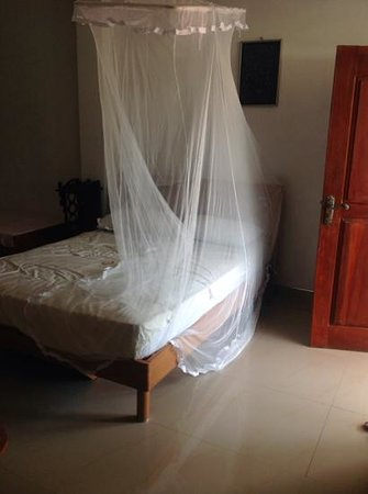 Shanith Guest House: chambre