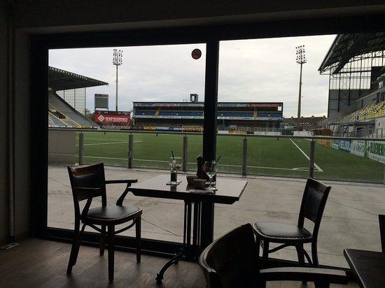 Hotel Stayen: uitzicht op voetbal stadion