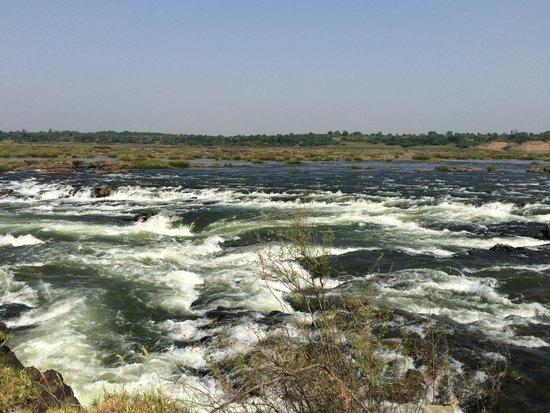 Queen's Fort: Sahasra Dhara, the River Rewa (Narmada)