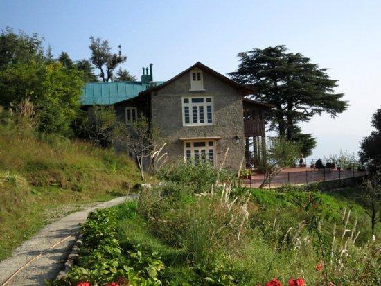 Deodar Manor Heritage Bungalow: Beautiful Bungalow.