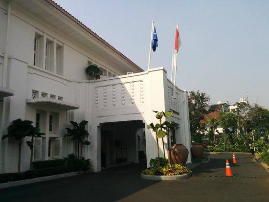 ذا هيرميتاج: Hotel Entrance