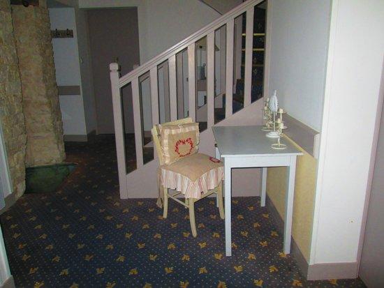 Hotel Le Peu Breton: entrée