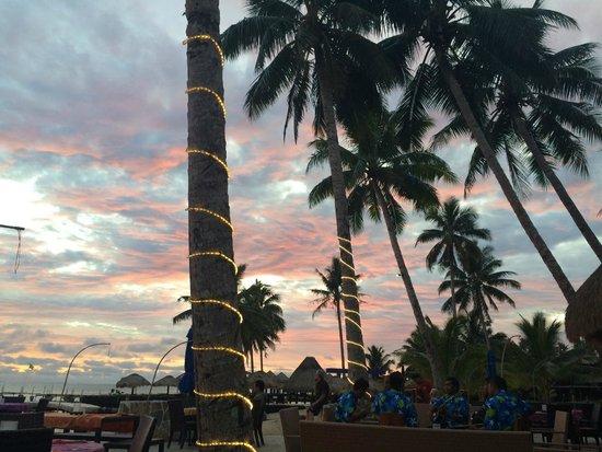 Coconuts Beach Club : .