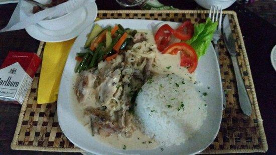 Best Outlook Hotel: La belle assiette du restaurant
