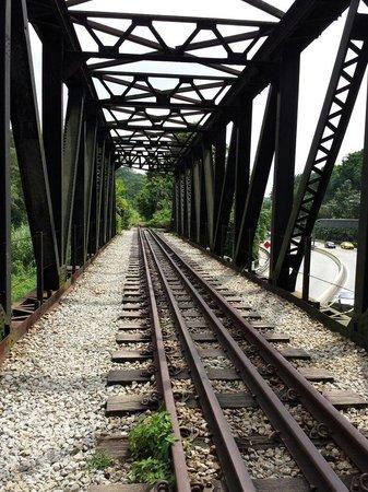 Rail Mall