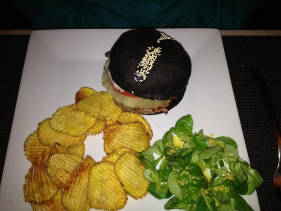 Le Lavoir: Black Burger