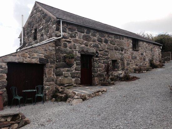 Tyddyn Iolyn Farmhouse: Fabulous accommodation we stayed in oct 2014