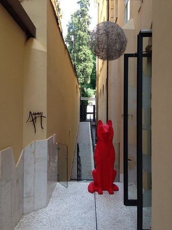 Hotel Art by the Spanish Steps: Entrance