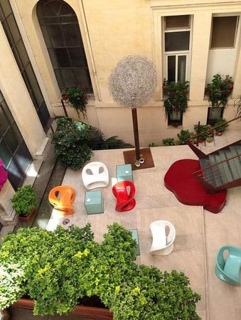 Hotel Art by the Spanish Steps: The garden