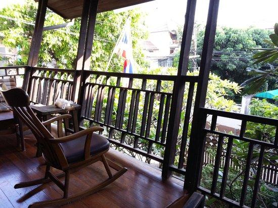 Baan Hanibah: balcony