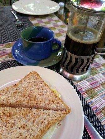 Baan Hanibah: breakfast (part of it)