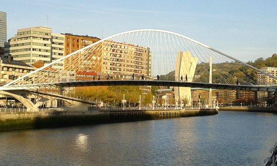White Bridge (Zubi Zuri): Veduta