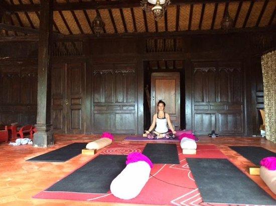 Bali Mountain Retreat : Yoga with Maria