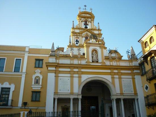 Basilica de la Macarena : Basilica Macarena