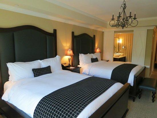 Oak Bay Beach Hotel: Zimmer