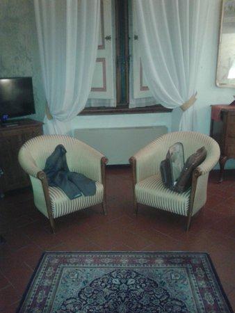 Burchianti: l'angolo soggiorno