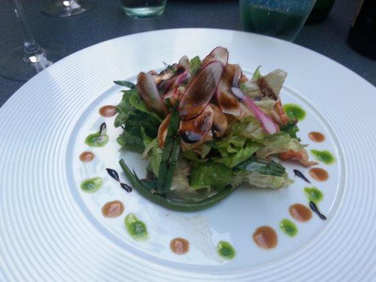 L'Escargot : A tasty entree!