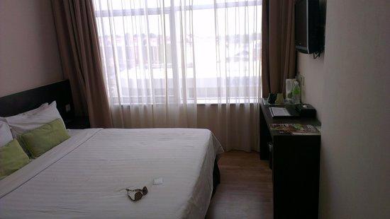 The LimeTree Hotel: room 412