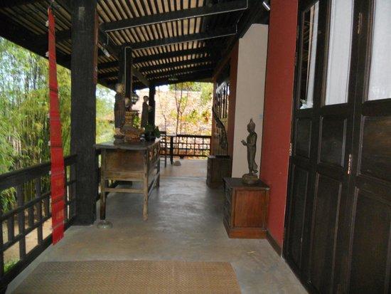 Maison de Sukhothai : la véranda à l'étage