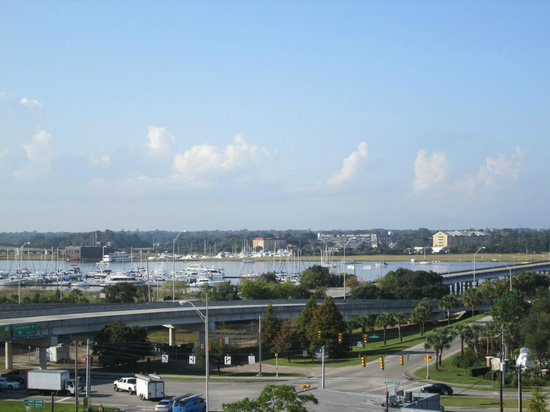 Holiday Inn Express Charleston Downtown - Ashley River: View from our room (8th floor)