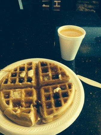 Super 8 Texarkana AR : Fresh do it yourself waffle maker makes for a good free breakfast