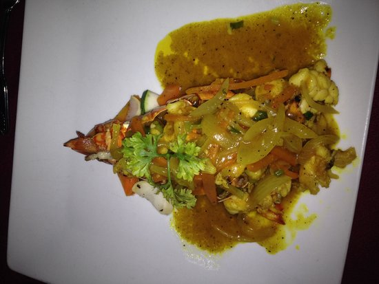 Spring Garden Seafood & Steakhouse: Curry lobster