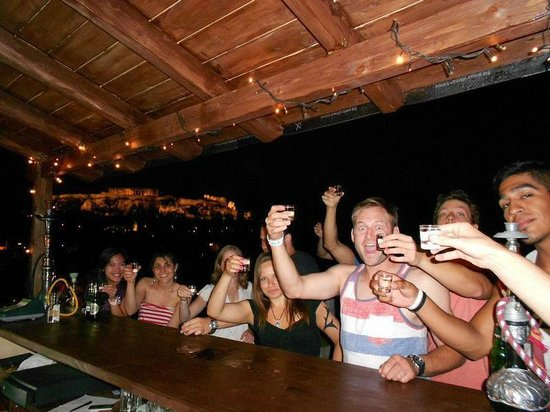 Pella-Inn Hotel: Roof top Bar