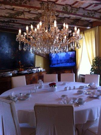 Alchymist Prague Castle Suites: Sala colazione