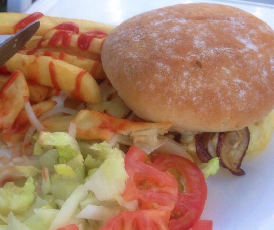Homemade Burger, Chips & Salad, only €6